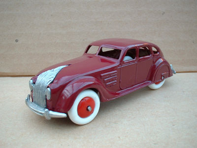 A DINKY TOYS COPY MODEL 30A CHRYSLER AIRFLOW MAROON