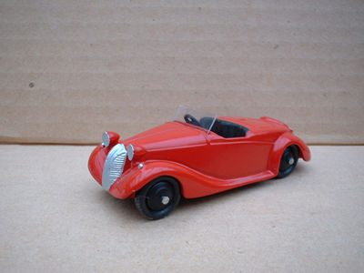 A DINKY TOYS COPY MODEL 38E TRIUMPH DOLOMITE RED