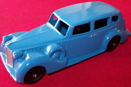 A DINKY TOYS COPY MODEL 39A PACKARD 8 TOURING SEDAN IN BLUE