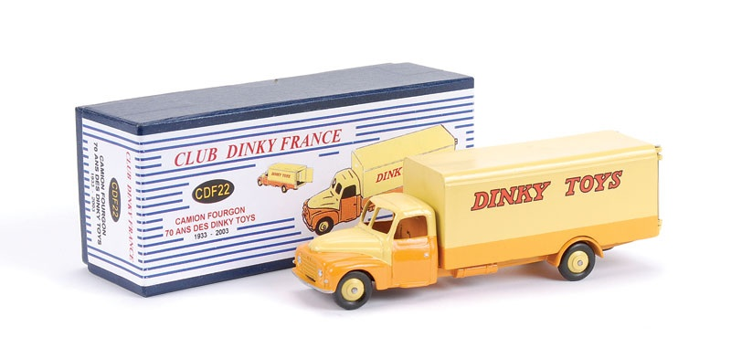 club dinky france model no cdf22 camion fourgon 70 anniversaire des dinky toys 1933 2003. Black Bedroom Furniture Sets. Home Design Ideas