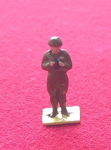 Dinky Toys 160A Royal Artillery NCO [ Painted ] (Each)