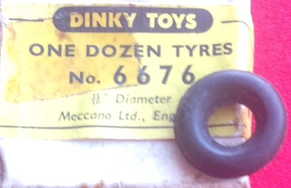 ORIGINAL DINKY TOYS 11/16ths or 17.46mm OUTSIDE DIAMETER BLACK 6676 TYRE TIRE ( Price is per tyre)