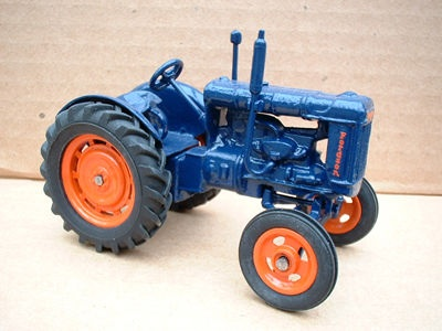 "A Britains Fordson Tractor Fordson Major E27N "" Rubber Tyres Version "" Finished copy model "" (Price Each)"