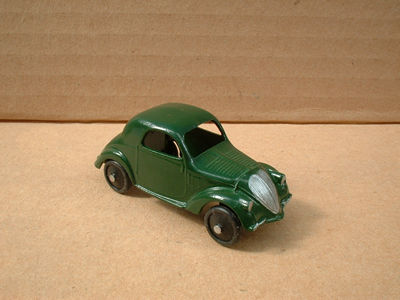 A DINKY TOYS COPY MODEL 35A SIMCA 5 [ FIAT TOPOLINO ] GREEN